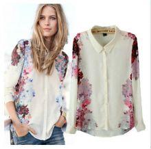 Летняя шифоновая блузка с цветами