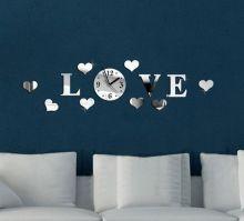 Дизайнерские часы на стену Любовь