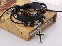 Браслет из натуральной кожи с крестами
