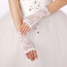 Перчатки ажурные белые